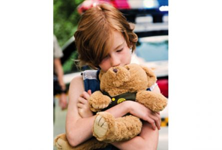 L'ourson pour enfants en détresse