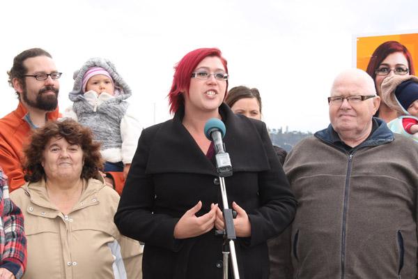 Élaine Michaud debout pour ses électeurs