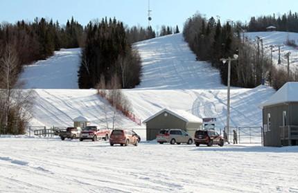 La solution des canons à neige toujours à l'étude à Saint-Raymond