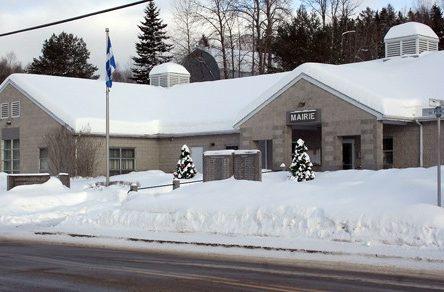 Gel des taxes à Rivière-à-Pierre