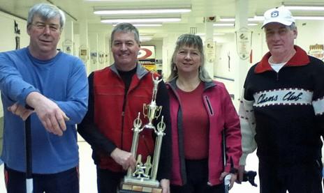 Le curling attire de nouveaux joueurs