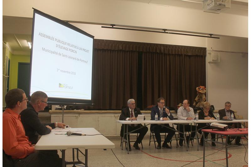 Porcherie à Saint-Léonard: une consultation sous tension
