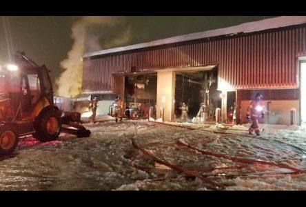 Incendie au garage municipal de Saint-Raymond