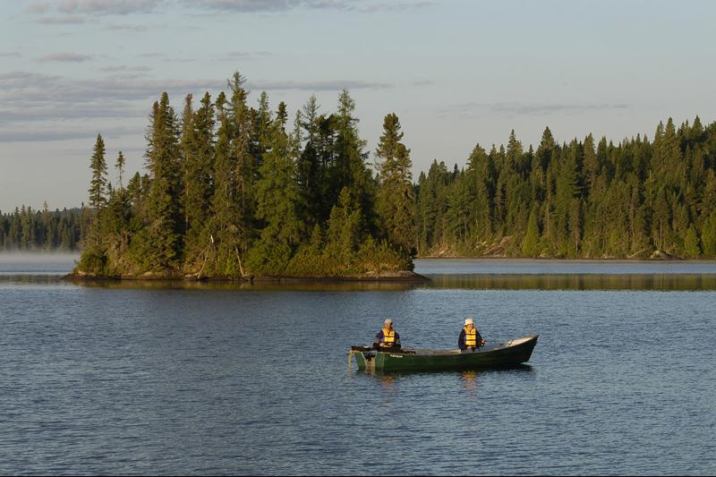 Petit gibier et pêche: Québec réduit le coût des permis