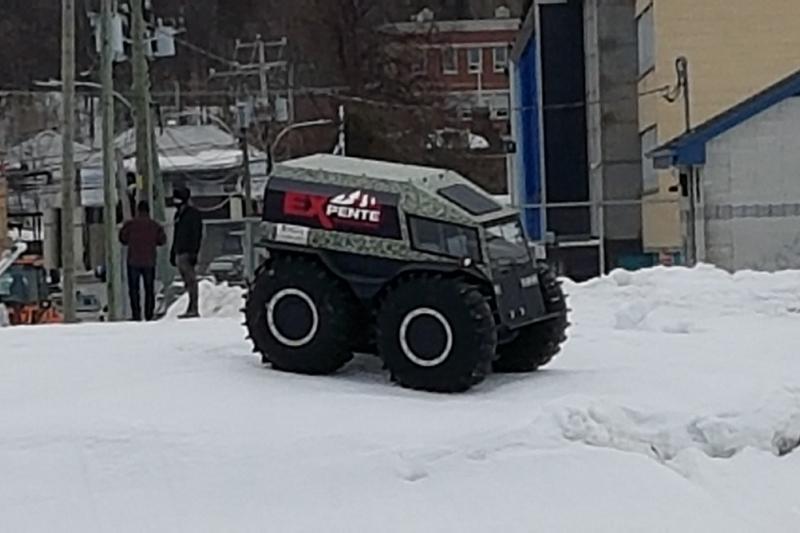 Nouveau véhicule amphibie sur la Sainte-Anne