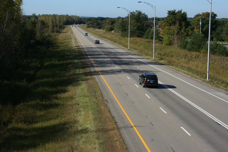 Asphaltage sur l'autoroute 40 à Deschambault-Grondines