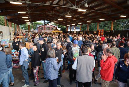 Foule record aux Fêtes gourmandes Desjardins de Neuville