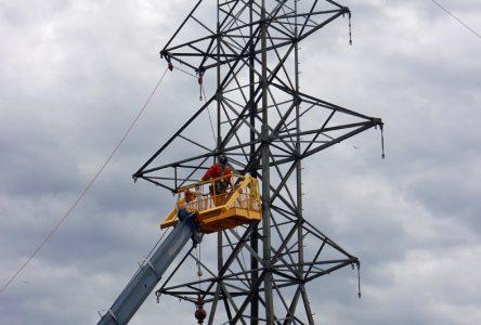 Bowater: au tour des pylônes de disparaitre