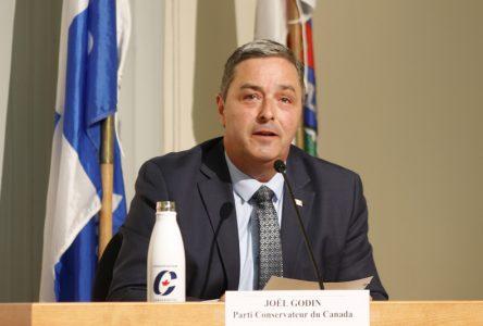 Portneuf-Jacques-Cartier: le conservateur Joël Godin réélu