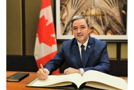 Joël Godin assermenté à Ottawa