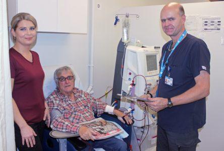 Hémodialyseà Saint-Raymond: de l'autobus à l'hôpital