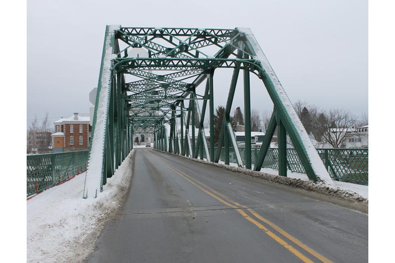 Nouveau pont sur la Sainte-Anne: Saint-Casimir revient à la charge