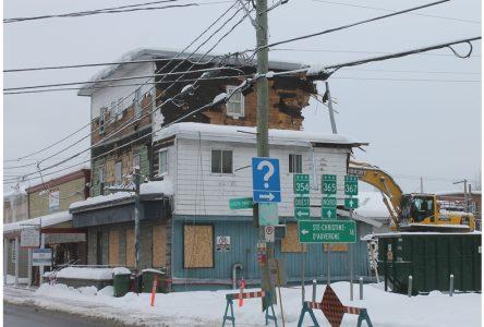 La fin d'un bâtiment bien connu à Saint-Raymond