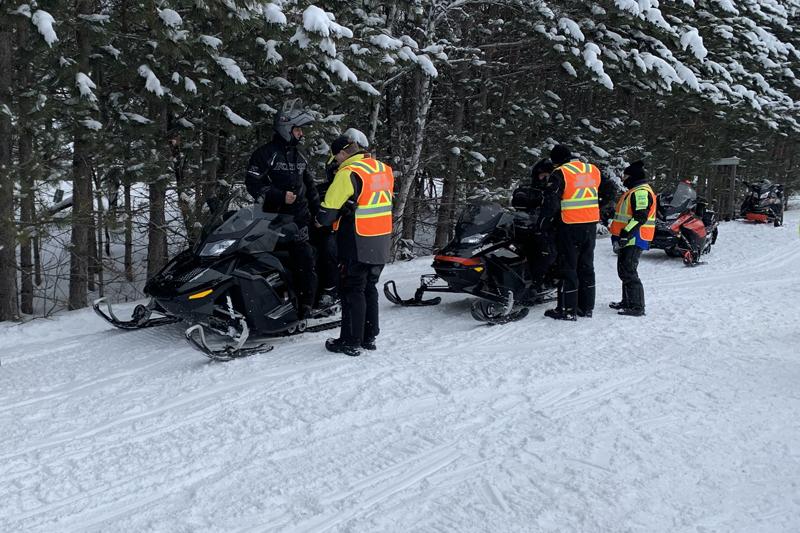 Sécurité à motoneige: 300 motoneigistes interpelés à Saint-Raymond