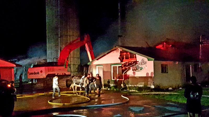 Incendie à la Ferme Valmont Drolet à Saint-Raymond