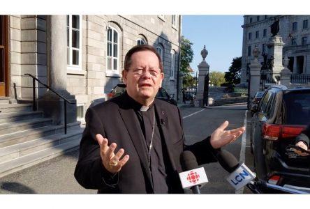 Réduction de l'assistance dans les lieux de culte: une pétition dans les églises