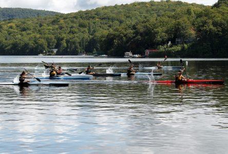 Treize kayakistes aux Essais Équipe Québec