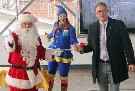 Un blizzard pousse le père Noël à s'établir dans Portneuf