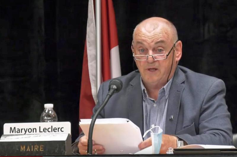 Le maire de Saint-Marc-des-Carrières demande un centre de vaccination