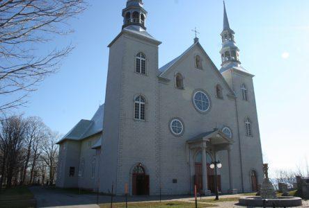 Découvrir les églises dans Portneuf